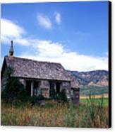 Old House In Idaho Canvas Print by Kathy Yates