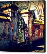 Old Iron Gate In Charleston Sc Canvas Print