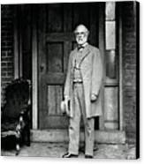 Robert E. Lee In Richmond, Virginia Canvas Print by Photo Researchers