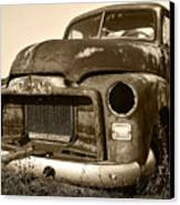 Rusty But Trusty Old Gmc Pickup Canvas Print by Gordon Dean II