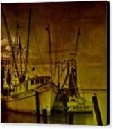 Shrimpboats In Apalachicola  Canvas Print by Susanne Van Hulst
