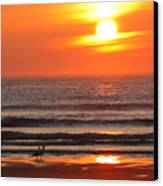 Sunrise On The Oceanside Canvas Print