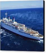 The American Hawaii Cruise Ship Leaving Canvas Print by Maria Stenzel