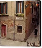 Venice Lady In Black Canvas Print