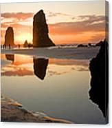 0385 Cannon Beach Reflection Canvas Print