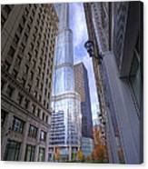0527 Trump Tower From Wrigley Building Courtyard Chicago Canvas Print