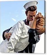 Closeup Nurse And Sailor Kissing Statue Unconditional Surrender Canvas Print