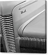 1940 Nash Grille Canvas Print