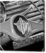 1941 Chevrolet Steering Wheel Emblem Canvas Print