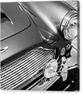 1960 Aston Martin Db4 Series II Grille Canvas Print