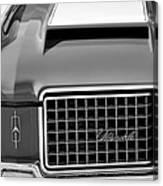 1972 Oldsmobile Grille Canvas Print