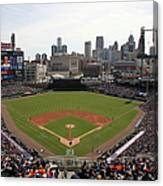 Baltimore Orioles V. Detroit Tigers Canvas Print