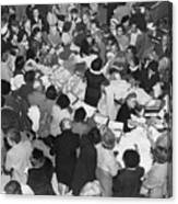 Crowds In Ohrbach's Store Canvas Print