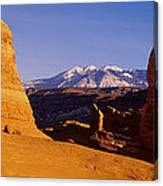 Delicate Arch, Arches National Park Canvas Print