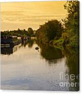 Grand Union Canal In Berkhampsted Canvas Print