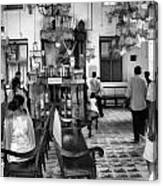 Inside The Historic Jewish Synagogue In Cochin Canvas Print