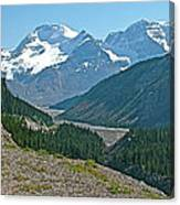 Mountain Peaks From Icefields Parkway-alberta Canvas Print