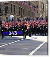 Nyc Fire Department Honoring The 343 Lost Comrades Of 911 With 343 American Flags Canvas Print