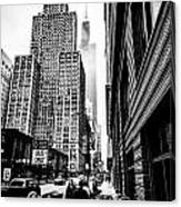Willis Tower In The Clouds - Black And White Canvas Print