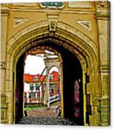 1540 Entrance To Enkhuizen-netherlands Canvas Print