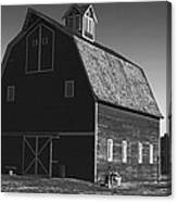 1913 Barn Black And White Canvas Print