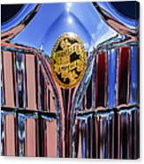 1932 Chrysler Ch Imperial Cabriolet Grille Emblem Canvas Print