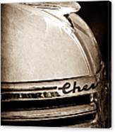 1935 Chevrolet Hood Ornament - Emblem Canvas Print