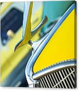 1935 Hudson Hood Ornament Canvas Print