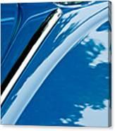1952 Volkswagen Vw Bug Hood Emblem Canvas Print