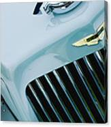 1939 Aston Martin 15-98 Abbey Coachworks Swb Sports Grille Emblem Canvas Print