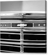 1967 Chevrolet Chevelle Malibu Grille Emblem Canvas Print