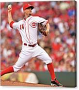 Chicago Cubs V Cincinnati Reds 2 Canvas Print
