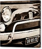 Fiat 500 L Front End Canvas Print