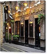 London Pub Canvas Print