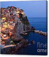 Manarola At Night In The Cinque Terre Italy Canvas Print