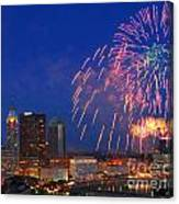 D21l-10 Red White And Boom Fireworks Display In Columbus Ohio Canvas Print