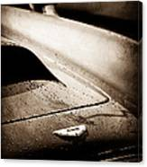 1959 Aston Martin Db4 Gt Hood Emblem Canvas Print
