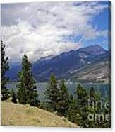 747p Columbia Lake Canada Canvas Print