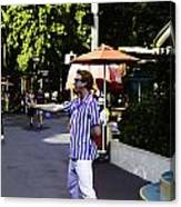 A Street Entertainer In The Hollywood Section Of The Universal Studios Canvas Print