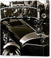 Adolf Hitler's 1941 Mercedes-benz 770-k Touring Car Sold At Auction Scottsdale Arizona 1973 Canvas Print