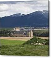 Alcazar Against The Mountains Canvas Print