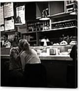 Amor In A Madrid Bar - Spain Canvas Print