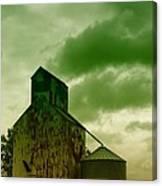 An Old Grain Silo In Eastern Montana Canvas Print