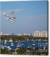 Approach And Landing In Paradise  Canvas Print