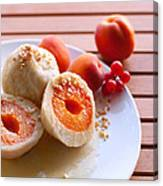 Apricotknoedel Canvas Print