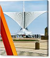 The Milwaukee Art Museum By Santiago Calatrava Canvas Print
