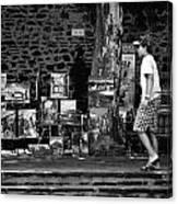 Art Walk - Bw Canvas Print