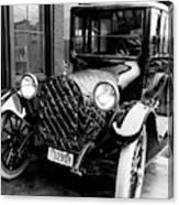Automobile, 1916 Canvas Print