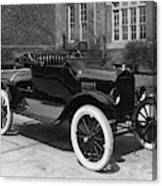 Automobile, 1921 Canvas Print