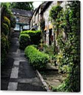 Bakewell Country Terrace Houses - Peak District - England Canvas Print